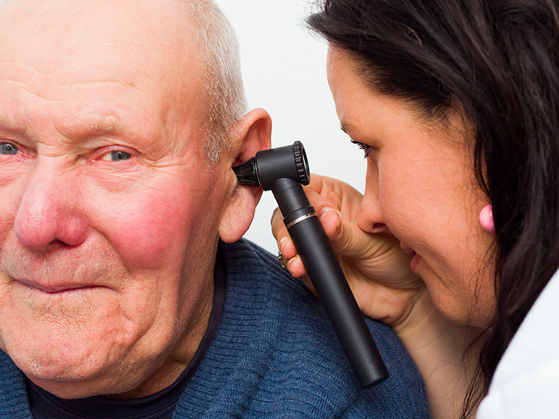 Picture of an audiologist.