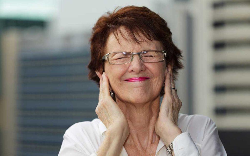 prevent hearing aid feedback