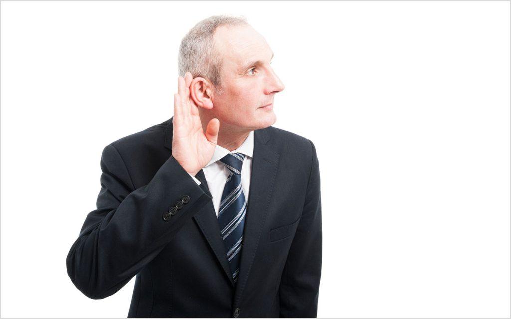 Mna having trouble hearing through hearing aids.