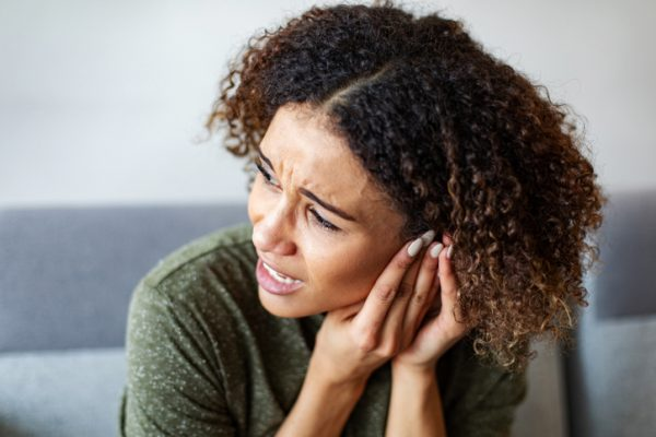 what causes tinnitus